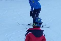 Ski-has-no-age-ski-for-all-with-the-professional-ski-instructor-from-Poiana-Brasov