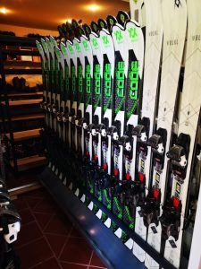 Poiana Brasov ski hire store equipments