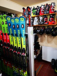 Instructor ski Poiana Brasov | R&J Ski Rental Shop